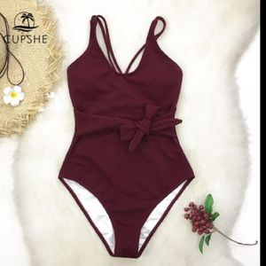 Cupshe Wine Red Bowknot One Piece Swimsuit NWT